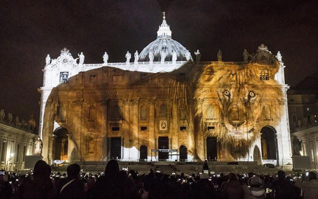 vatican Fiat-Lux-lion_